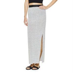Wilfred Free // Black 'Elson' Midi Skirt w/slit
